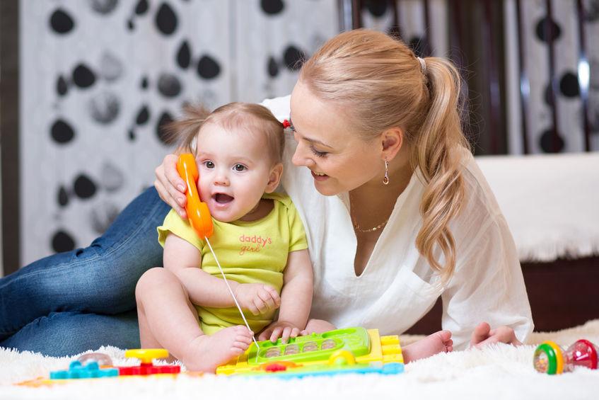 Gespräche mit Kleinkindern fördern deren kognitiven Fähigkeiten